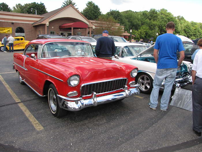 Hotrod Hotline Car Show Bob Steinhaus Bakers Of Milford Cruise - Milford cruise in car show