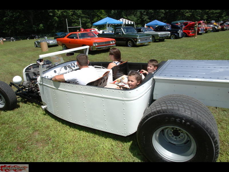 Piston Jammers Car Club Panty Raid Car Show & Overnight Party