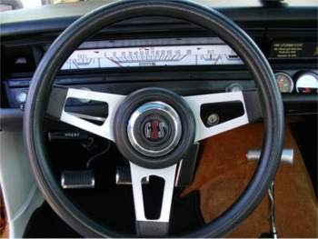 Hemi Dart Steering Wheel Detail