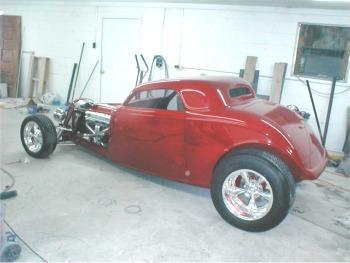 Hotrod hotline garage shots of jack roberts 39 39 33 speedstar for Garage ford 33