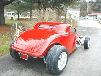 Hotrod hotline garage shots of jack roberts 39 39 33 speedstar for Garage ford 78 plaisir