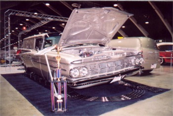 59 Chevrolet Winged Express at GNRS w trophy1