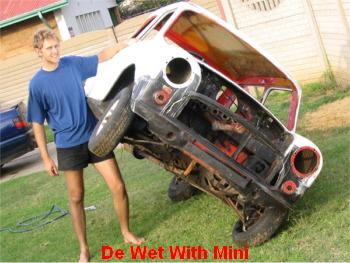 De-Wet-with-Mini