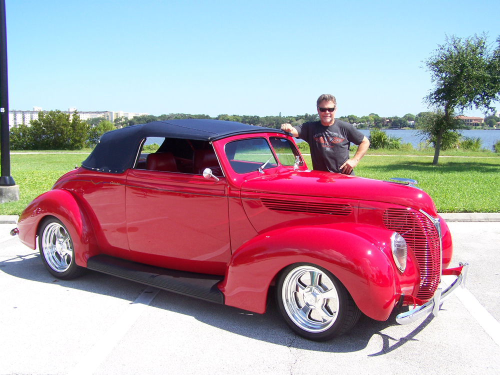 1938 Ford Deluxe Club Cabriolet Hotrod Hotline