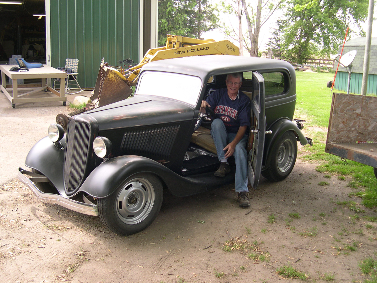 Greg Lane\'s 1934 Ford Sedan Y Build | Hotrod Hotline