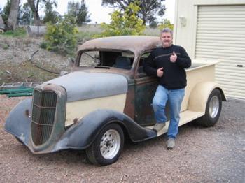 Steve Jones 1935 Ford Pickup Australia Hotrod Hotline