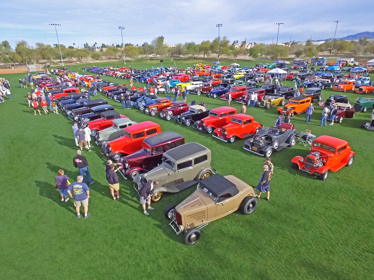 Hot Rod Hotline Car Shows >> Havasu Deuces Car Show Hotrod Hotline