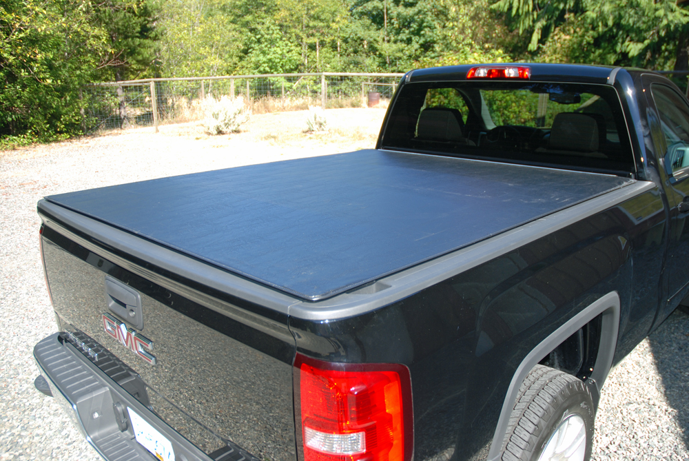 cover up with a tonneau cover part 2 hotrod hotline. Black Bedroom Furniture Sets. Home Design Ideas
