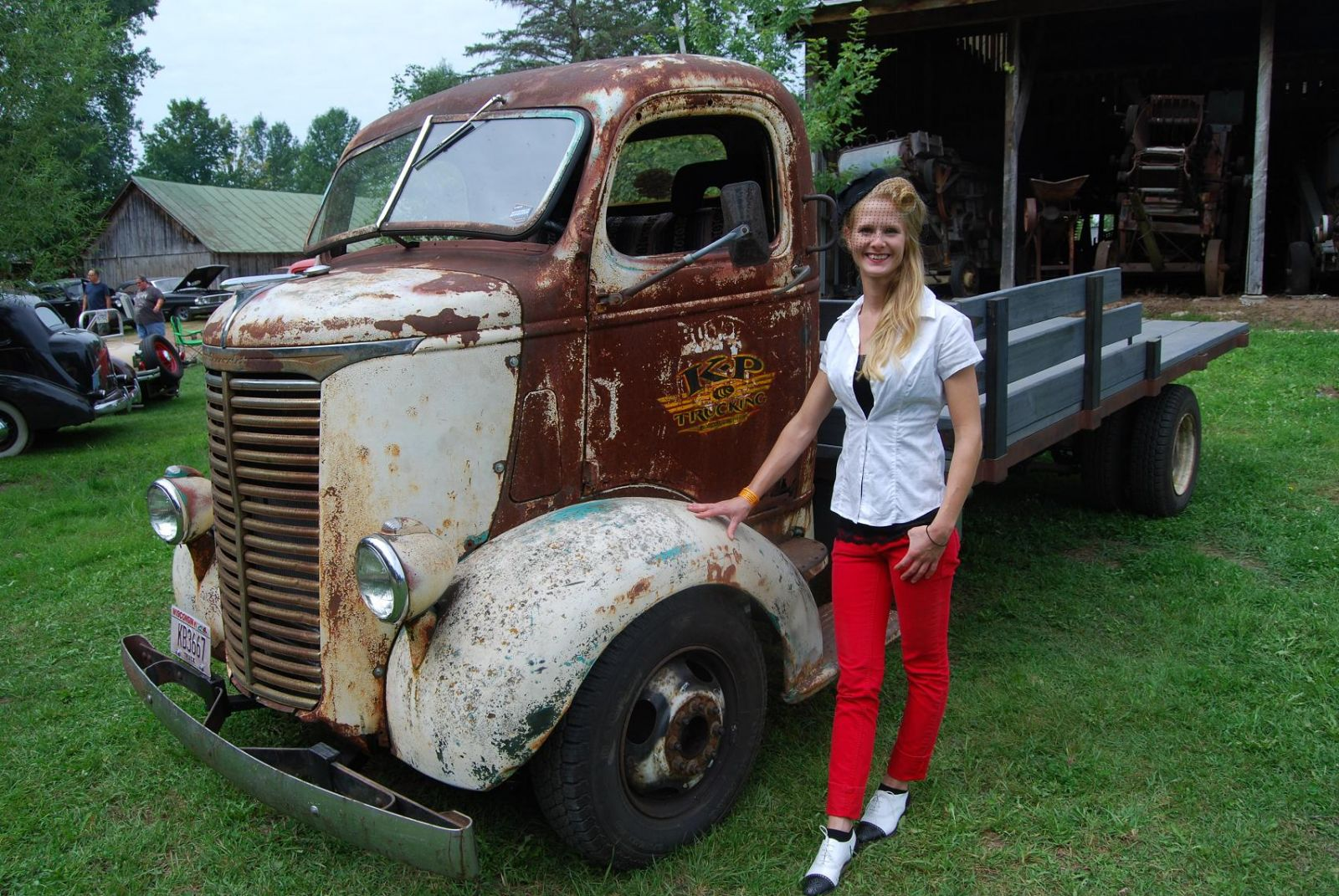 Snub-nosed Trucks Make Cool Hot Rods | Hotrod Hotline