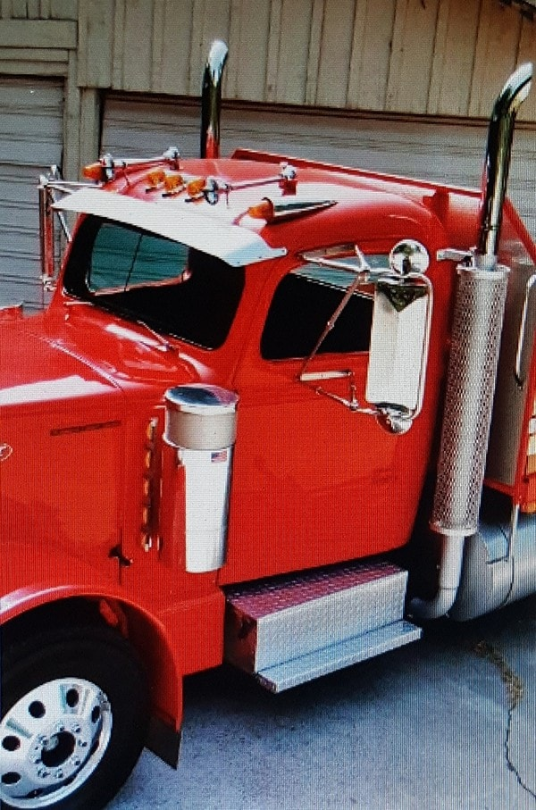 The Peterbilt that Ed Built: How to Build a Daily Driver 18