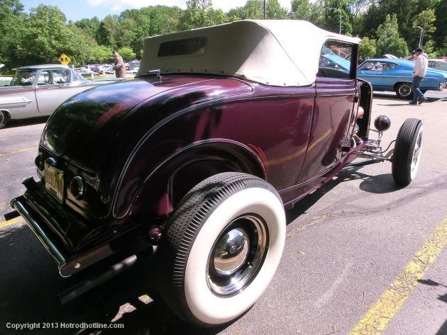 Memorial Motor Madness Car Show