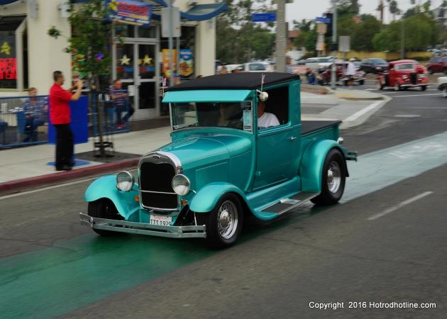 Belmont Shore Annual Car Show