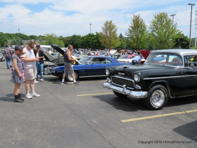 Bakers Of Milford Car Show