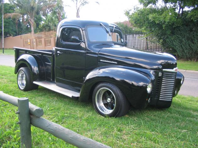 1947 International KB1 Harvester | Hotrod Hotline