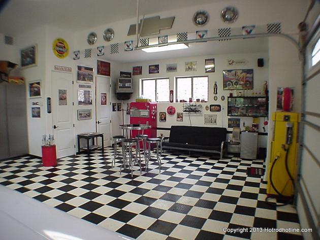 don jones 39 man cave hotrod hotline. Black Bedroom Furniture Sets. Home Design Ideas