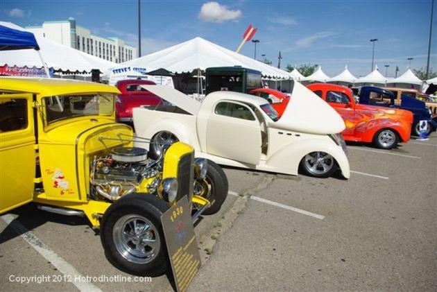 Rt 66 casino car show