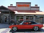 Hooters and Hot Rods0