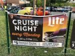 Hooters Cruise Night1